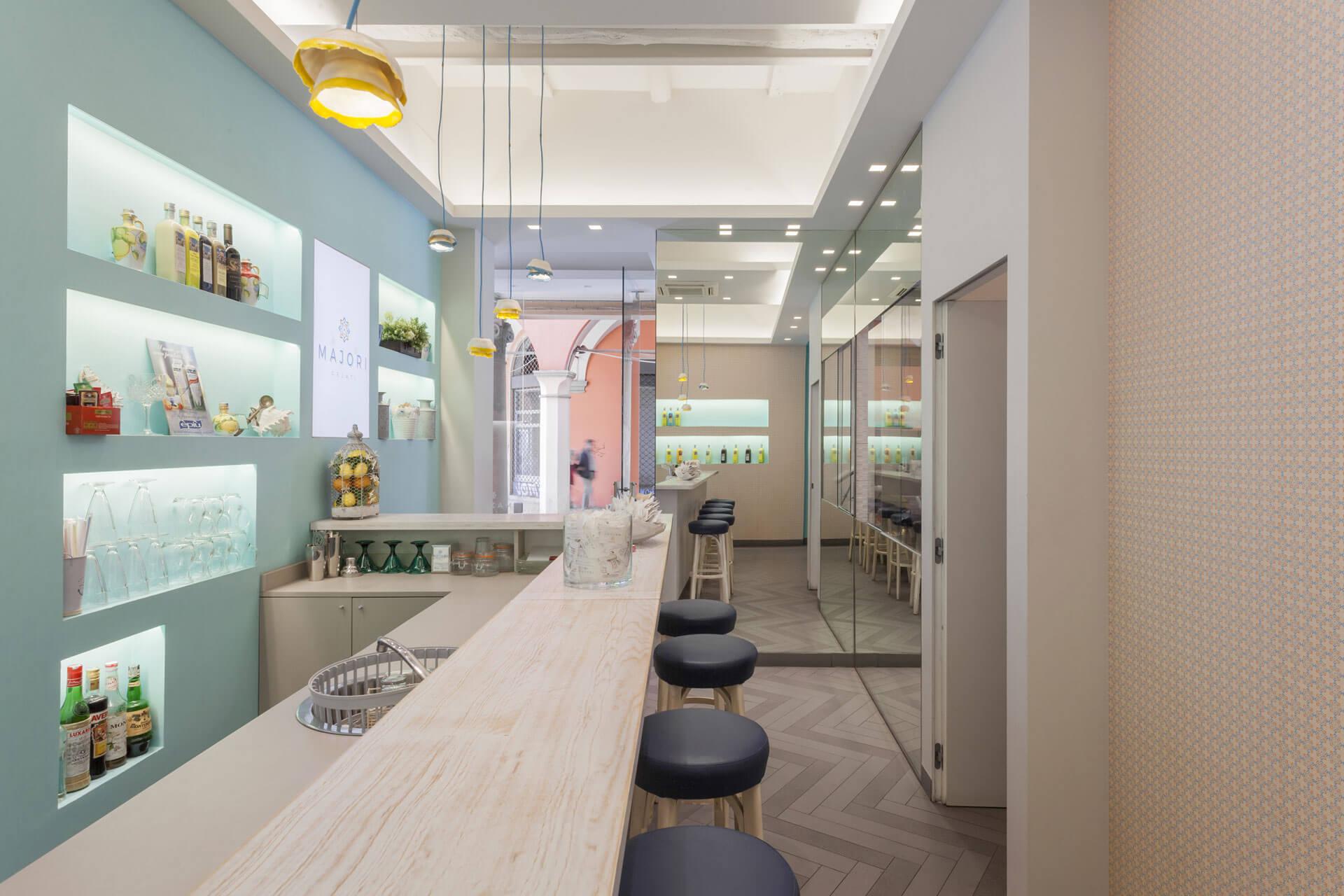 micaela-mazzoni-studio-interior-designer-bologna-progetti-commerciali-gallery-gelateria-majori-bologna-4