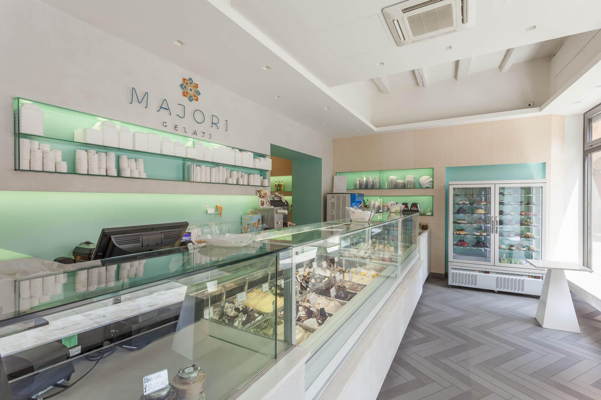 micaela-mazzoni-studio-interior-designer-bologna-progetti-commerciali-gallery-gelateria-majori-bologna-5