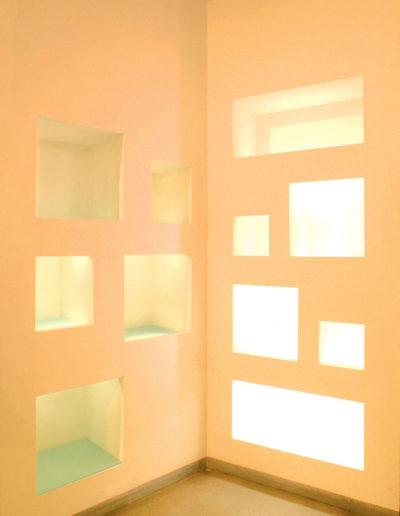 micaela-mazzoni-studio-interior-designer-bologna-progetti-commerciali-gallery-portrait-negozio-abbigliamento-via-san-felice-bologna