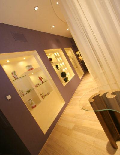 micaela-mazzoni-studio-interior-designer-bologna-progetti-commerciali-gallery-portrait-negozio-multisensoriale-bologna