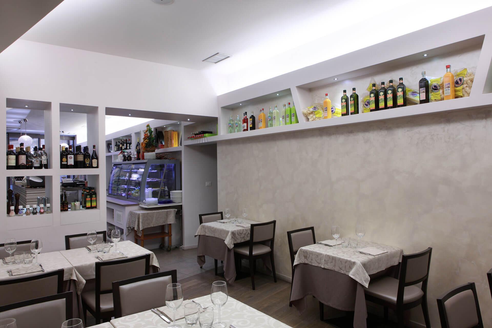 micaela-mazzoni-studio-interior-designer-bologna-progetti-commerciali-gallery-ristorante-il-saraceno-bologna-1