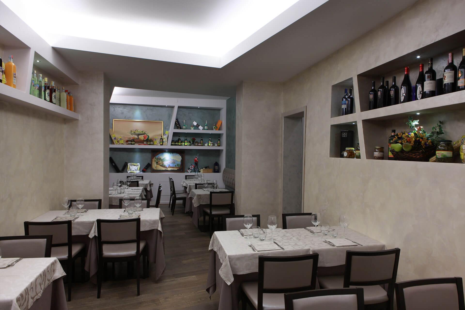 micaela-mazzoni-studio-interior-designer-bologna-progetti-commerciali-gallery-ristorante-il-saraceno-bologna-2
